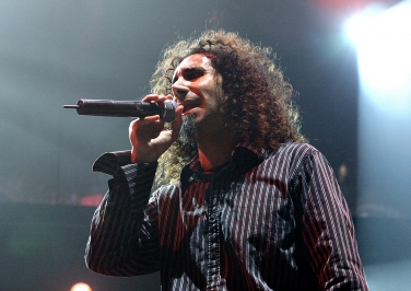Serj Tankian telonear a Foo Fighters 