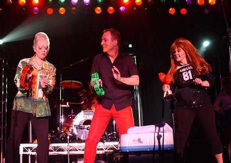 The B 52s sacarn nuevo disco 