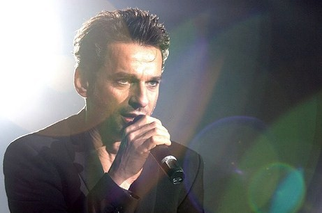Dave Gahan sacará doble single