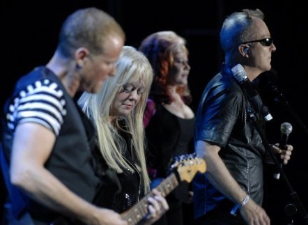 The B 52s en Madrid y Barcelona