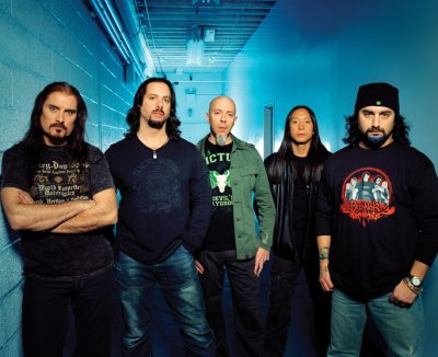 Dream Theater fabrica su décimo disco