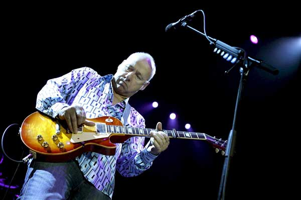 Mark Knopfler regresa con Get Lucky