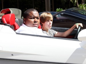 Justin Bieber conduce un Lamborghini  