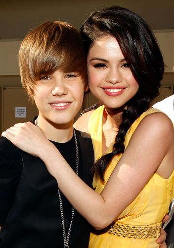 Justin Bieber y Selena Gomez ms que amigos? 