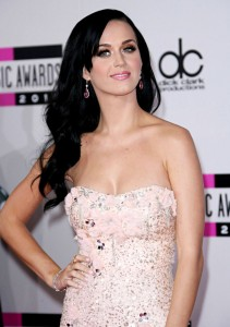 Katy Perry y Arcade Fire actuarán en los Grammy 2011