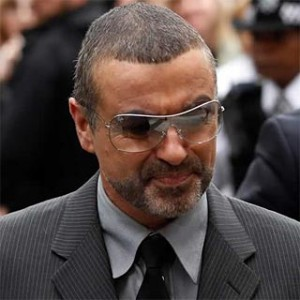 Foto de George Michael sale del hospital
