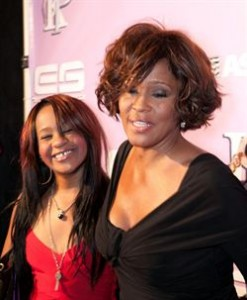 Whitney Houston deja toda su herencia a su hija