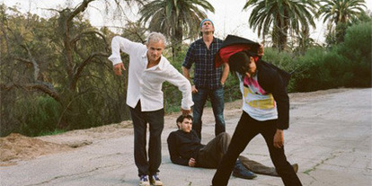 Los Red Hot Chili Peppers regalan un EP
