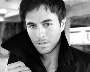 "Enrique Iglesias ""Finally found you"" Video"