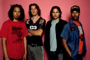 Rage Against the machine reeditan su primer álbum