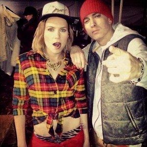 Eminem lanzará single con Skylar Grey