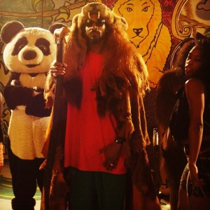 Snoop Dogg estrena video de La, la, la
