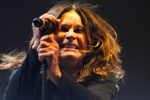 Black Sabbath estrena nueva canción God is dead?