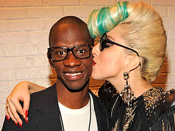 Lady Gaga se despide de su manager Troy Carter  1