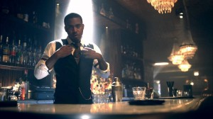 "Nas ""resucita"" a Amy Winehouse en el video de Cherry Wine"