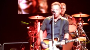"Bruce Springsteen realiza versión de ""Highway to Hell"""
