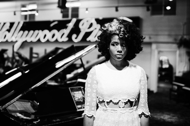 Kelis estrena video de Jerk Ribs