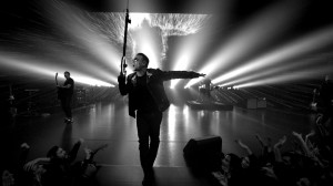 "U2 lanza video para ""Invisible"""