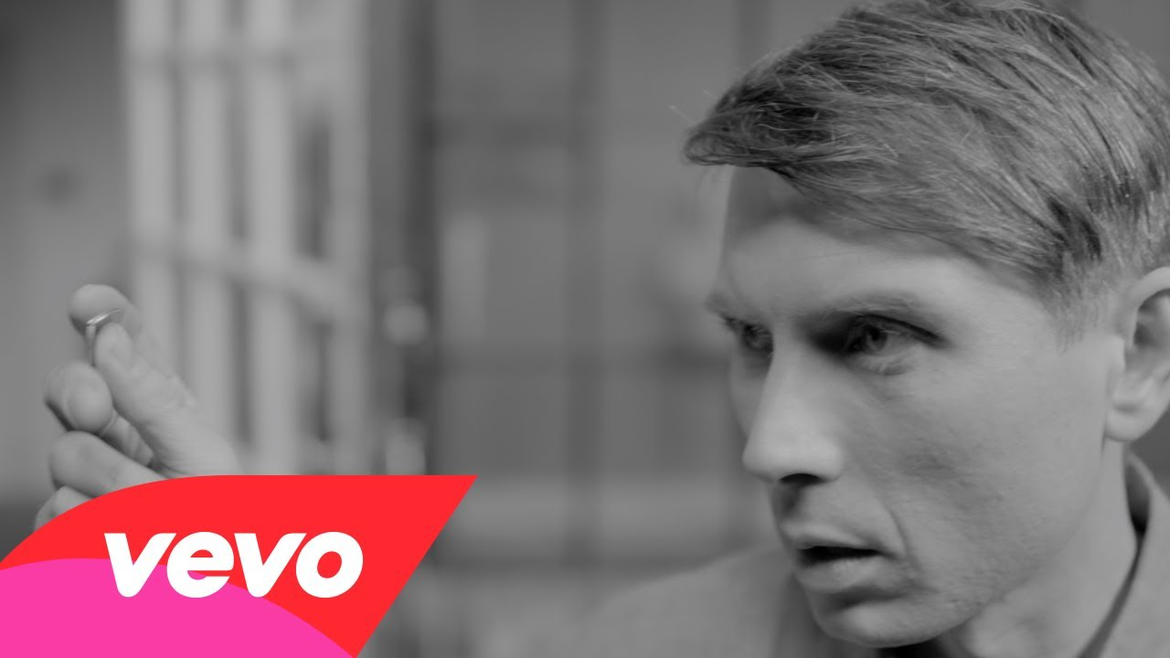 "Franz Ferdinand lanza video de ""Fresh Strawberries"""