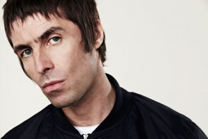 "Liam Gallagher pide a sus fans que no compren la reedición de ""Definitely Maybe"""