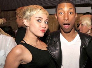 Miley Cyrus baila junto a Pharrell Williams