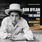 "Escucha el nuevo tema inédito de Bob Dylan ""Dress It Up, Better Have It All"""