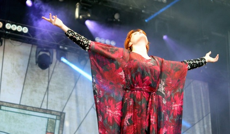 "Florence and the Machine debutan en directo dos nuevas canciones ""Third Eye"" y ""St. Jude""  1"