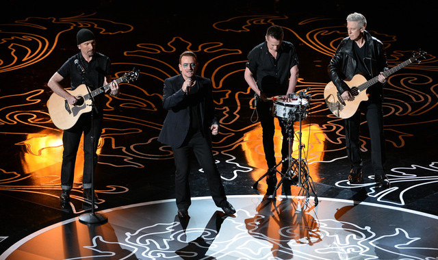 "U2 estrena una nueva versión para el vídeo de ""Song for someone"" 1"