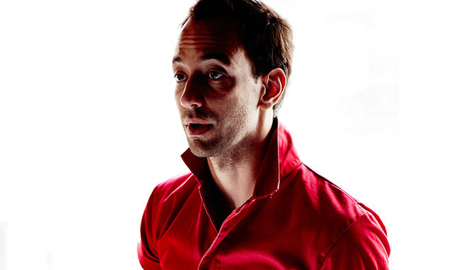 "Mira el nuevo video de Albert Hammond Jr, ""Caught By My Shadow"" 1"