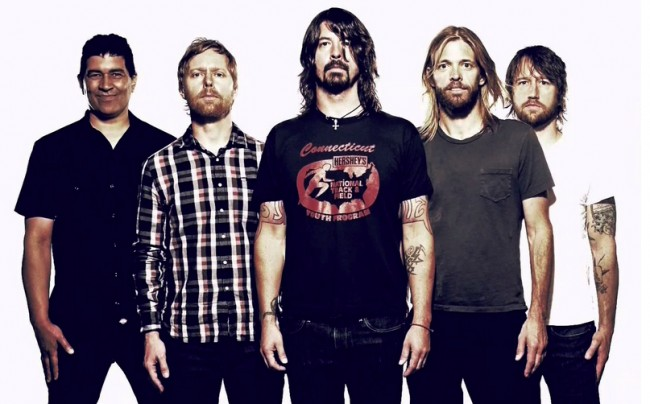 Foo Fighters versiona un clásico de Led Zeppelin 1